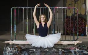 Picture girl, ballerina, Valerie