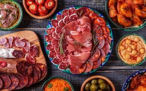 Picture fish, tomatoes, cuts, sausage slicing
