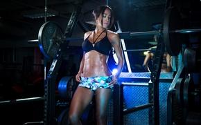 Picture brunette, abs, pose, bodybuilder