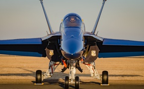 Picture fighter, the airfield, F-18, Blue Angels