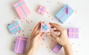 Picture hands, gifts, bow, boxes