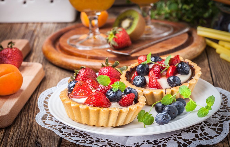 Photo wallpaper berries, blueberries, strawberry, basket, dessert, sweet, sweet, cream, dessert, berries, delicious, tart, tartlet