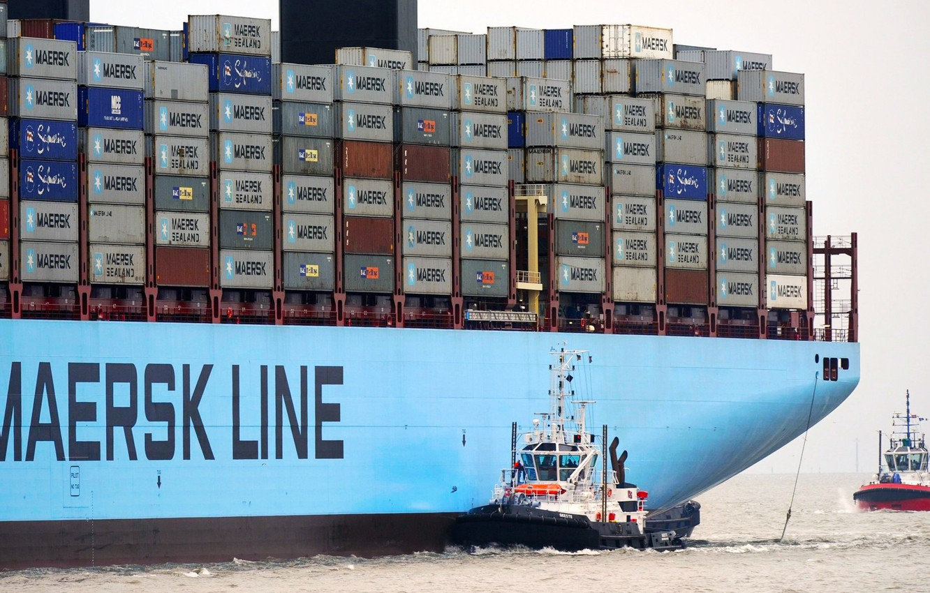 Photo wallpaper Sea, Board, A container ship, Two, Container, Maersk, Maersk Line, Tug