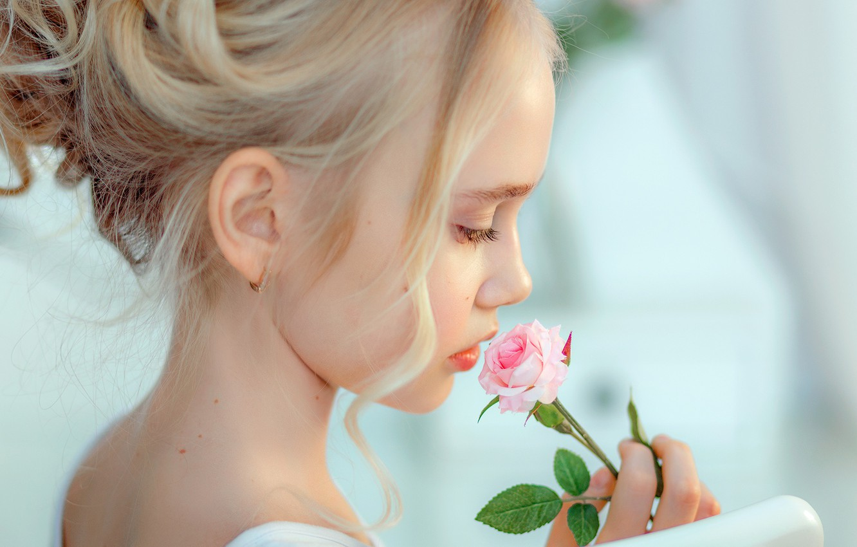 Photo wallpaper flower, background, mood, portrait, girl, profile, curls, rosette
