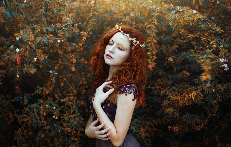 Photo wallpaper girl, mood, makeup, red, Diadema, curls, redhead, the bushes, Valentina Rubilar
