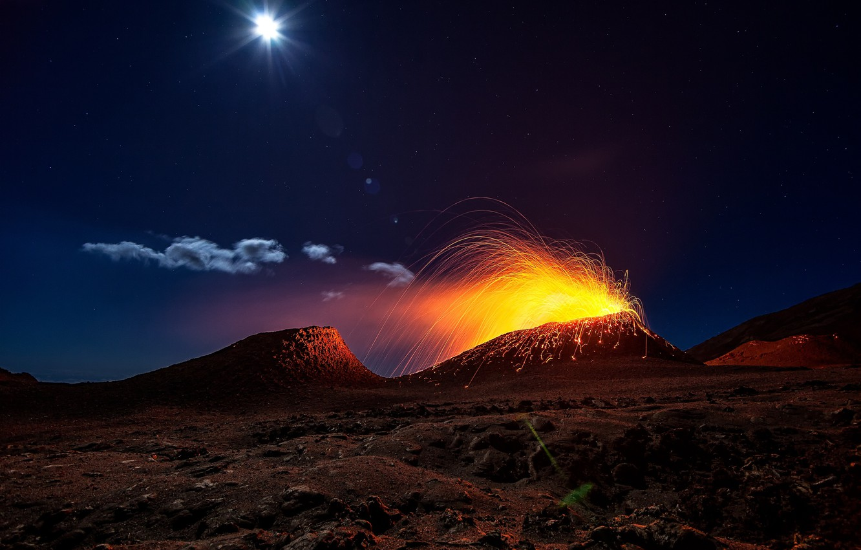 Photo wallpaper light, night, fire, the moon, the volcano