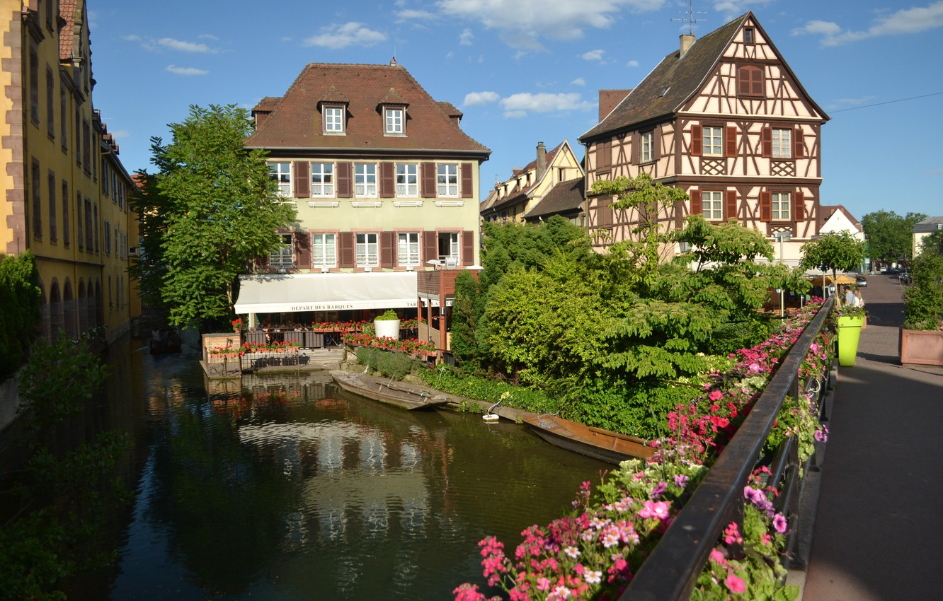 Photo wallpaper France, Flowers, Home, The city, Channel, Building, Flowers, France, Town, Buildings, Canal