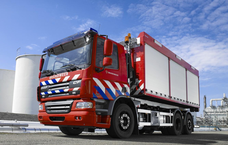 Photo wallpaper red, industrial zone, DAF, DAF, 6x2, DAF CF75.310, fire equipment