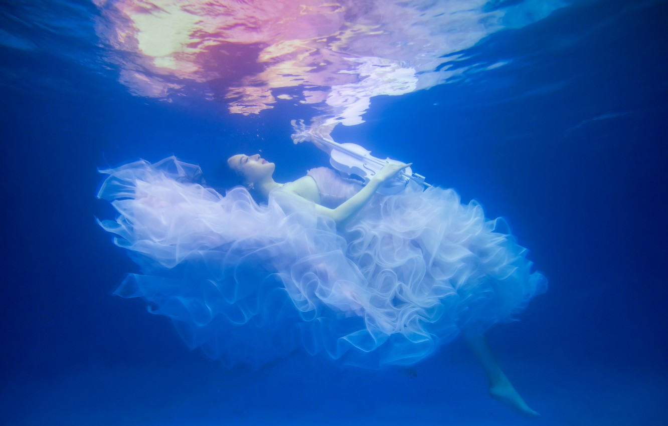 Photo wallpaper water, girl, violin, the situation, dress, under water