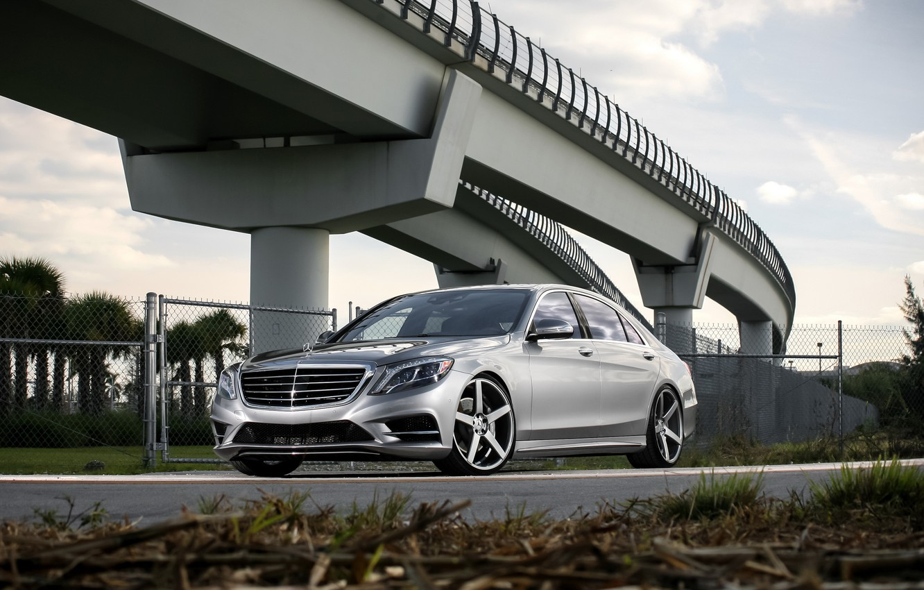 Photo wallpaper Mercedes, color, S550, lowered, matched