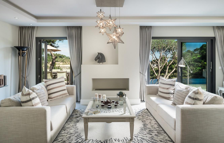 Photo wallpaper chandelier, table, sofas, living room