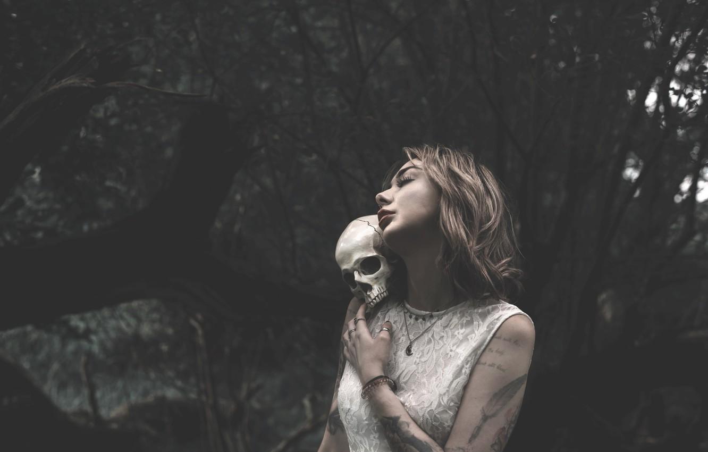 Photo wallpaper girl, skull, Lucz Anne Fowler
