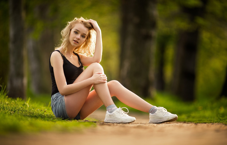 Photo wallpaper summer, blonde, legs, sneakers