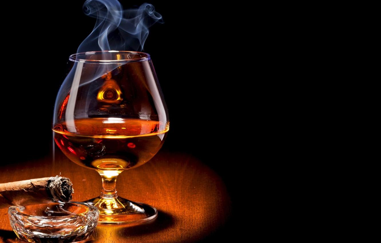 Photo wallpaper glass, smoke, food, drink, cigar, alcohol, brandy, Cognac, drinking glass
