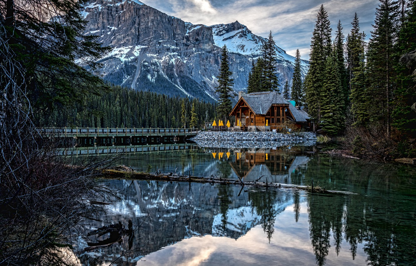 Photo wallpaper forest, mountains, lake, reflection, Canada, house, Canada, British Columbia, British Columbia, Yoho National Park, Canadian …
