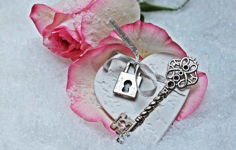 Photo wallpaper love, rose, heart, winter, snow, key, romantic, petals, lock