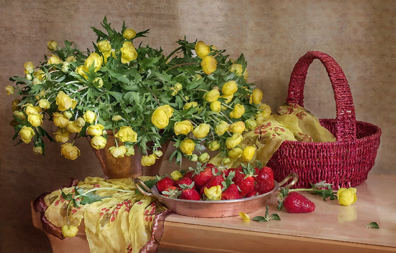 Photo wallpaper strawberry, composition, marigold