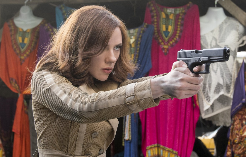 Photo wallpaper Girl, Gun, Scarlett Johansson, Girl, Weapons, Actress, Hero, Movie, Scarlett Johansson, Superhero, Hero, Gun, The …