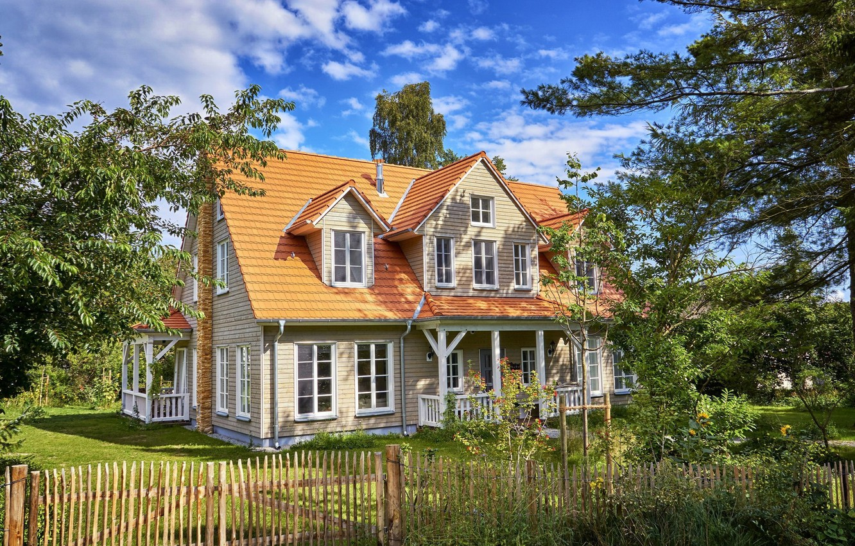 Photo wallpaper trees, house, plot