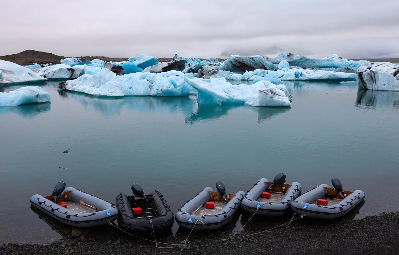 Photo wallpaper sea, shore, ice, boats, Bay, Laguna, Iceland, Lagoon, Jokulsarlon