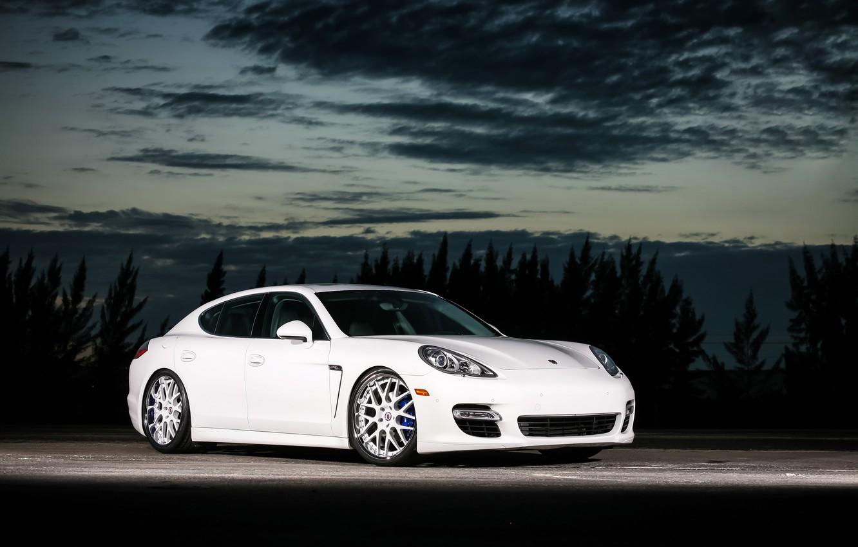 Photo wallpaper Porsche, Panamera, with, rear, color, bumper, trim, matched