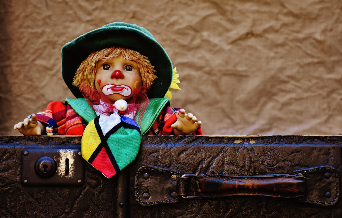 Photo wallpaper toy, the game, doll, clown, suitcase