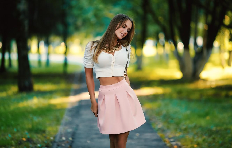 Photo wallpaper girl, long hair, style, photo, smile, photographer, brown, model, face, elegant, t-shirt, necklace, shirt, skirt, …