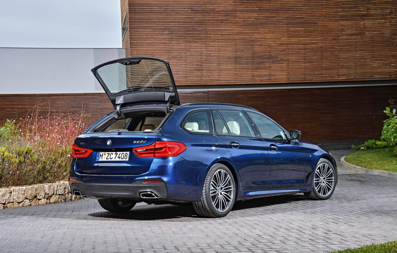 Photo wallpaper lawn, vegetation, the building, BMW, Parking, universal, xDrive, Touring, 530d, 5, dark blue, 2017, 5-series, …