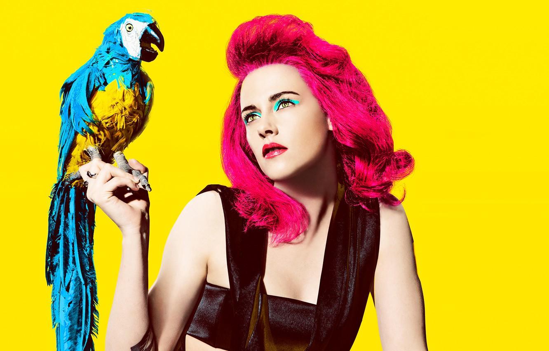 Photo wallpaper yellow, background, bird, hair, portrait, makeup, actress, hairstyle, parrot, outfit, Kristen Stewart, Kristen Stewart, photoshoot, …