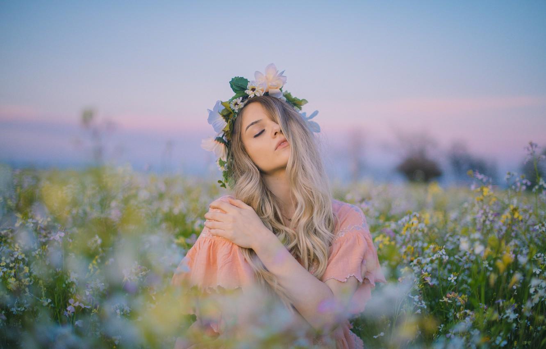 Photo wallpaper field, girl, blonde