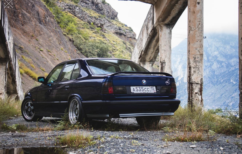 Photo wallpaper grass, mountains, bridge, nature, lights, BMW, track, BMW, Japan, wheels, drives, old, Boomer, E34, low, …