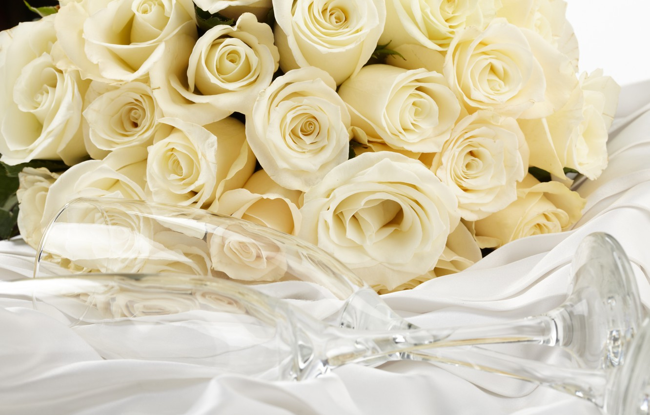 White Rose Bouquet Wallpaper