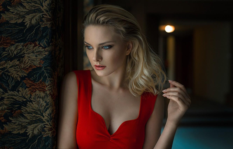 Photo wallpaper look, hand, blonde, neckline, Carla Sonre, Damian Feather