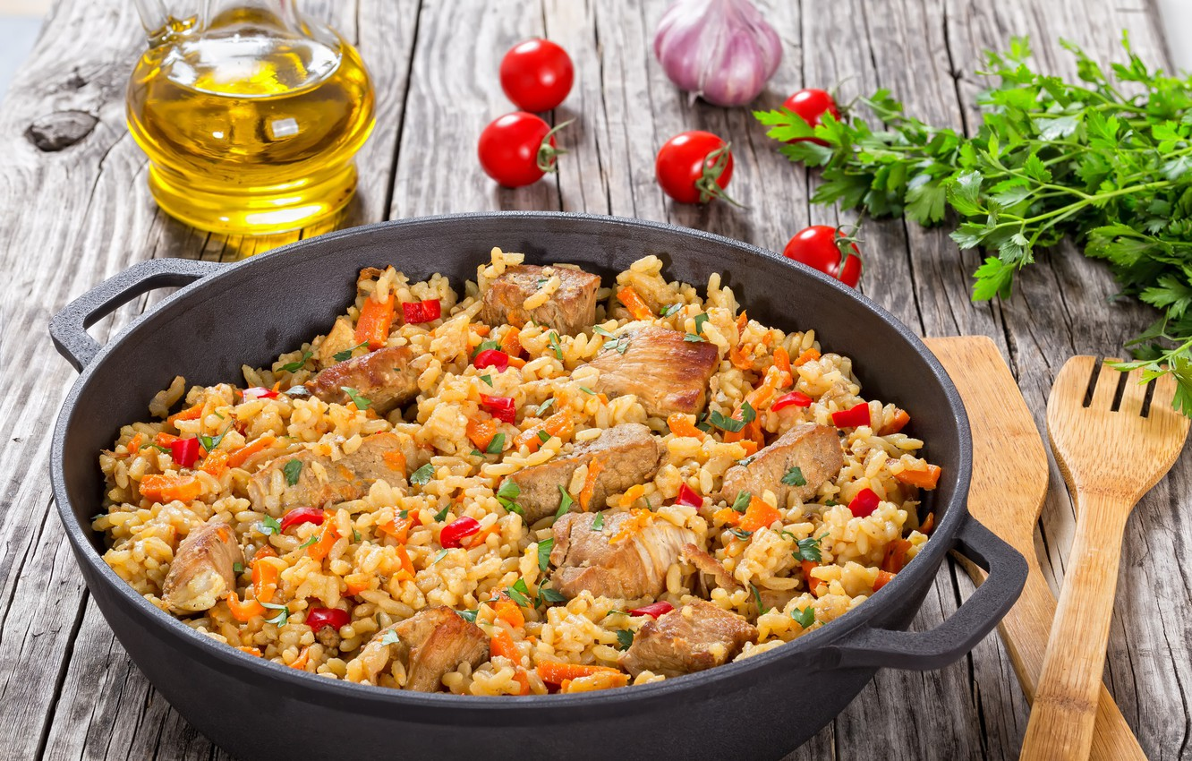 Photo wallpaper greens, oil, meat, tomatoes, pilaf