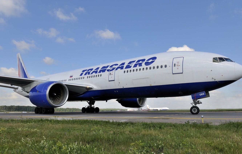 Photo wallpaper Grass, Liner, Airport, Boeing, 747, 300, 777, The plane, Passenger, Transaero, 222, EI-UNX, Transaero Airlines