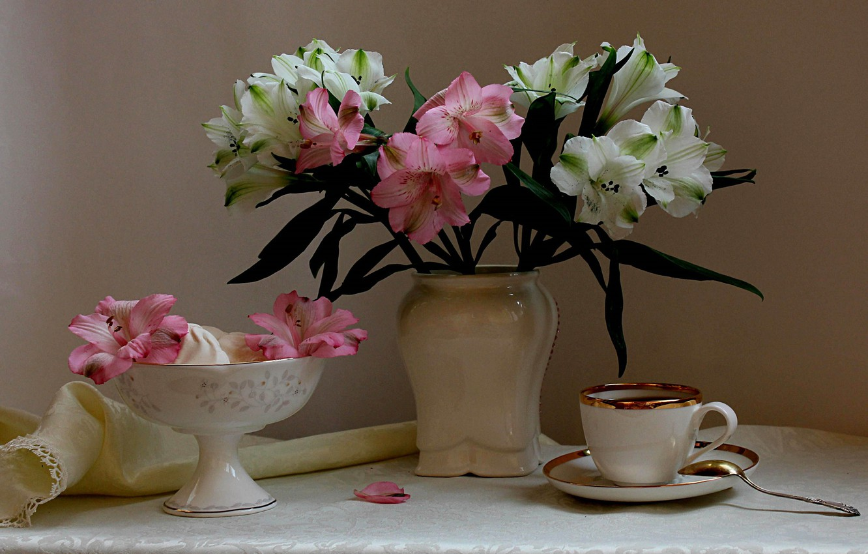 Photo wallpaper flowers, coffee, bouquet, dishes, still life, Alstroemeria