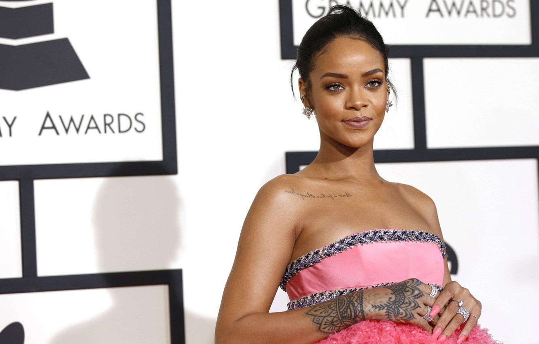 Photo wallpaper smile, singer, Rihanna, celebrity, smiling