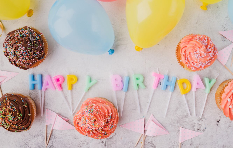 Photo wallpaper holiday, candles, cupcakes, birthday