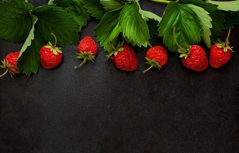 Photo wallpaper leaves, berries, strawberry