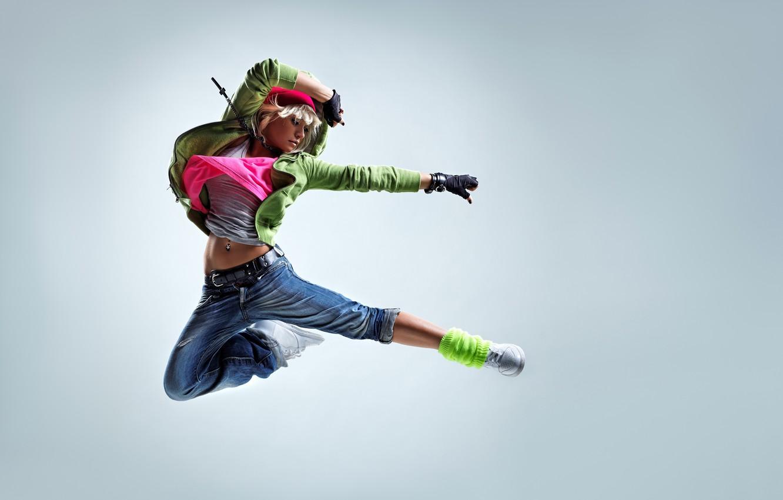 Photo wallpaper girl, pose, background, jump, hat, dance, jeans, Mike, blonde, hood, gloves, jacket, sneakers