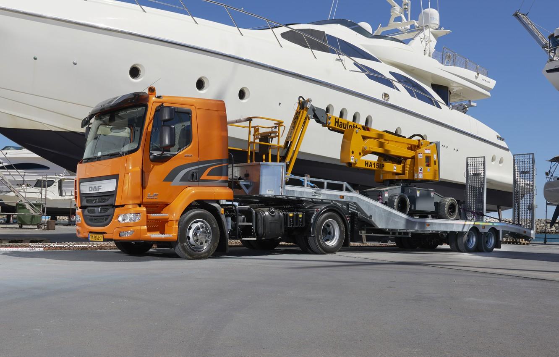 Photo wallpaper the sky, orange, yachts, pier, DAF, tractor, DAF, machinery, the trailer, 4x2, Euro6, DAF LF …