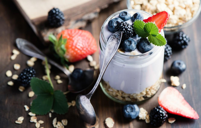 Photo wallpaper berries, Breakfast, blueberries, Strawberry, wood, yogurt, oatmeal