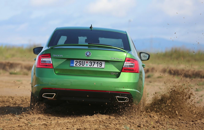 Photo wallpaper dust, dirt, green, sedan, the ground, Skoda, 2013, feed, Skoda, Octavia RS