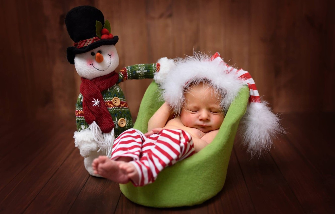 Photo wallpaper toy, Board, sleep, chair, baby, snowman, child, cap, baby