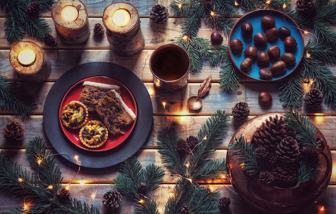 Photo wallpaper style, candles, cookies, garland, bumps, cakes, chestnuts, spruce branches