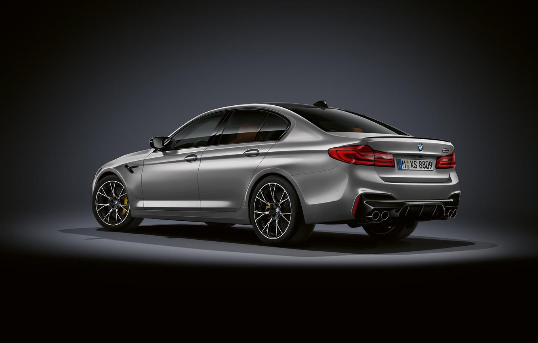Photo wallpaper grey, background, BMW, back, sedan, side view, dark, 4x4, 2018, 625 HP, four-door, M5, V8, …
