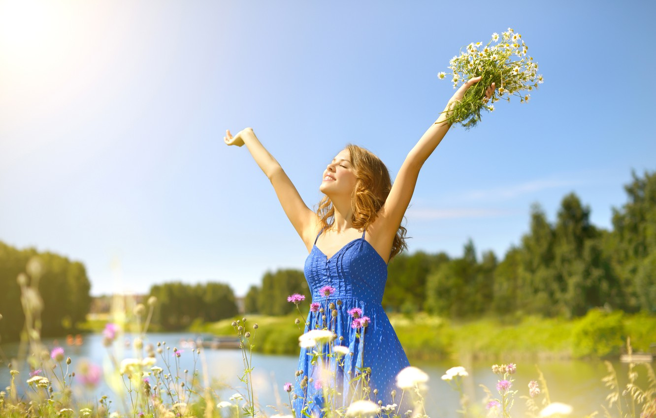 Photo wallpaper greens, summer, the sky, grass, girl, the sun, trees, joy, happiness, landscape, flowers, nature, chamomile, …