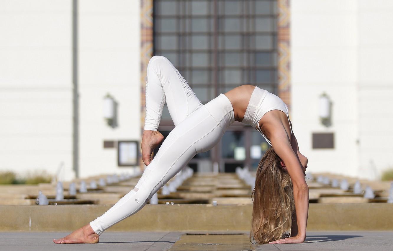 Photo wallpaper summer, girl, face, flexibility, hair, yoga, legs