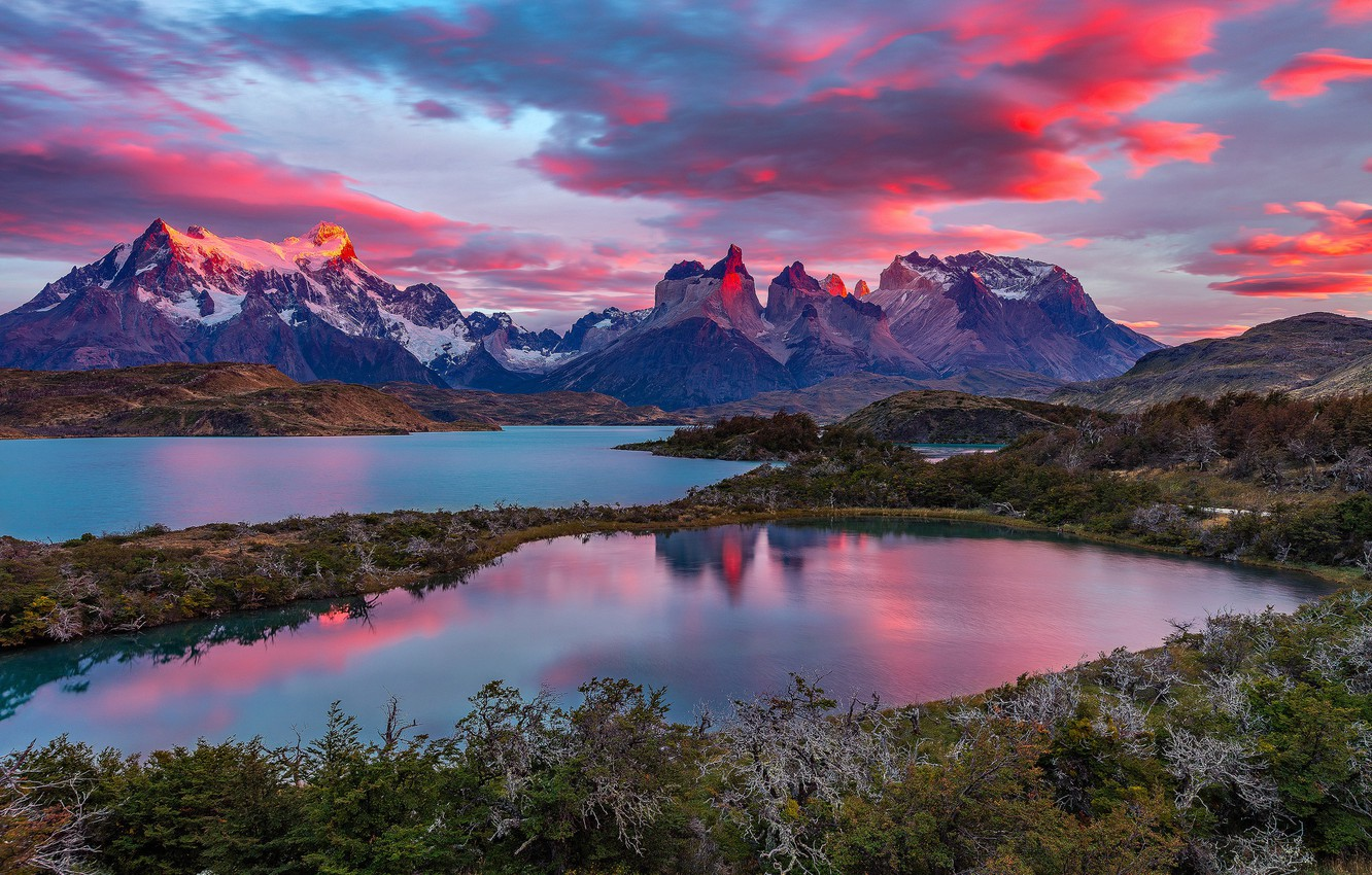Photo wallpaper clouds, mountains, lake, top, glow, Chile, Magallanes