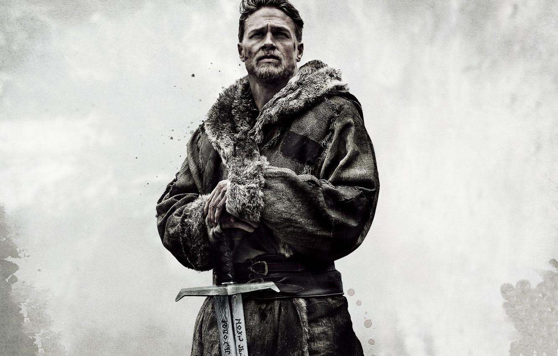 Photo wallpaper cinema, sword, man, movie, ken, blade, film, king, Charlie Hunnam, King Arthur: Legend Of The ...